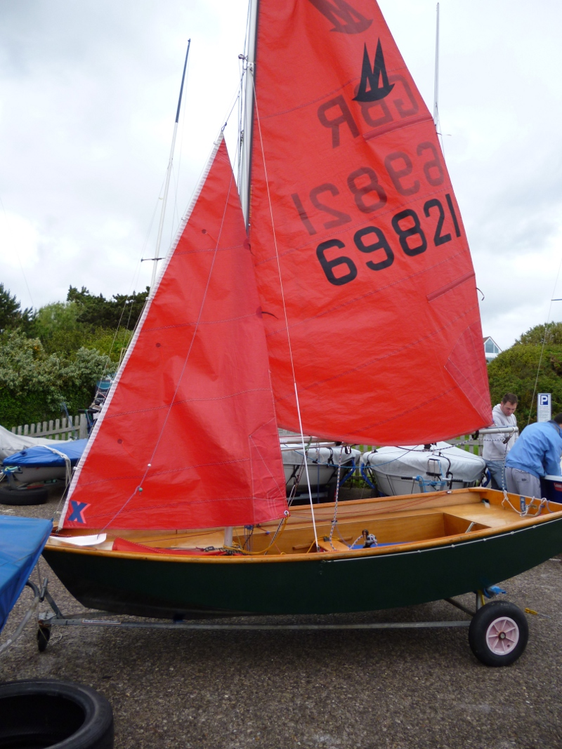 Mirror dinghy 69821