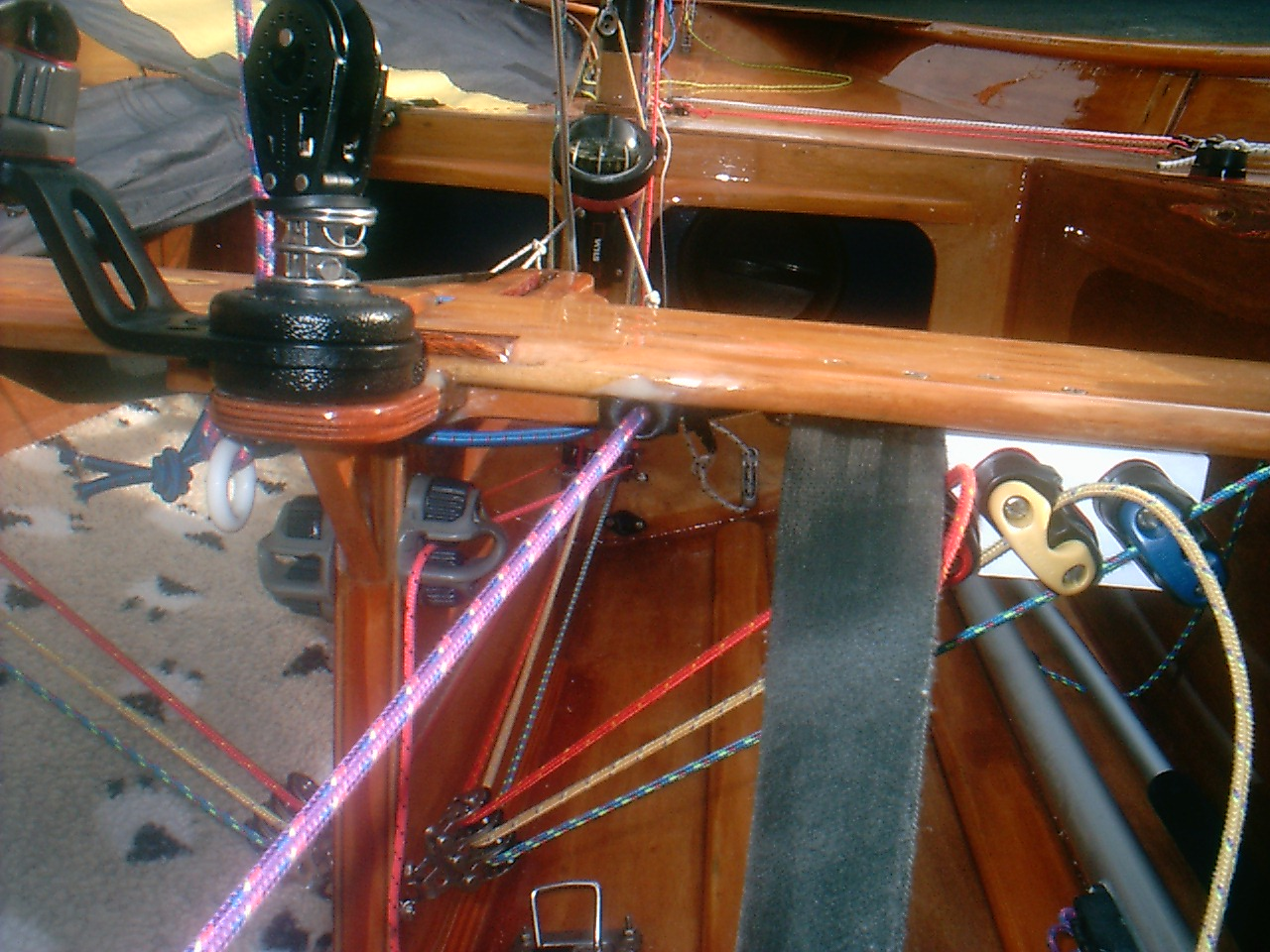 Spinnaker pole uphaul cleat on the aft edge of the daggerboard case
